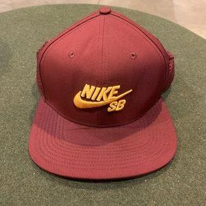 Nike SB Hat SnapBack
